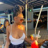 Blogger    Venus Zanele Hadebe - Influencer.